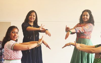 Bollywood mix by Dance performance group Mohini